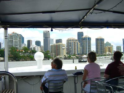 Cruise along the Brisbane River