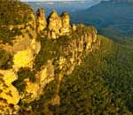 Sunset on The Three Sisters at the Blue Mountains
